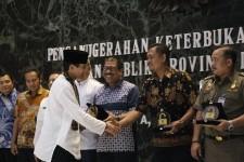 KBN Raih Penghargaan Kategori BUMD Terbaik dalam Keterbukaan Informasi