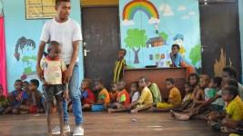 Kisah Relawan Guru di Asmat, Papua: 'Apakah Saya Dapat Makan Hari Ini, Pak Guru?'