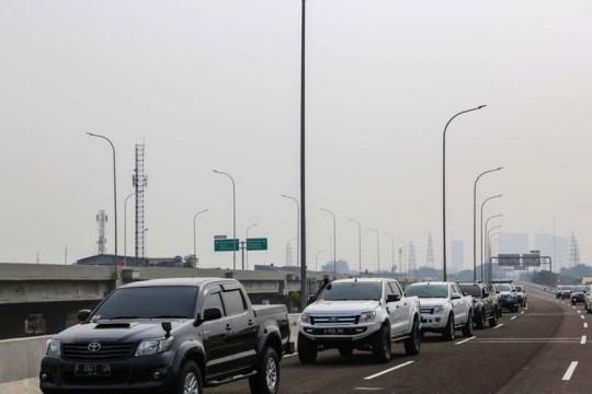 Dilarang Melintas di Tol Jakarta-Cikampek, Truk Dikhawatirkan Lintasi Jalan Kalimalang