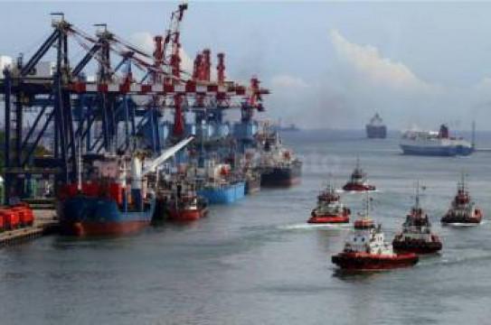 Pelabuhan Tanjung Priok Tetap Operasi di Tengah Wabah Corona