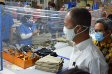 Menteri Perindustrian Apresiasi Protokol Kesehatan di PT Kaho