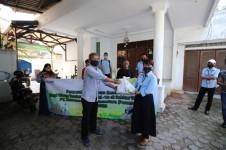 KBN Salurkan Sembako untuk Warga Sukapura